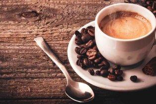 Boire du café augmente le taux de testostérone