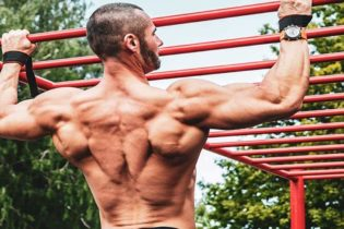 6 exercices de musculation pour un dos de Champion