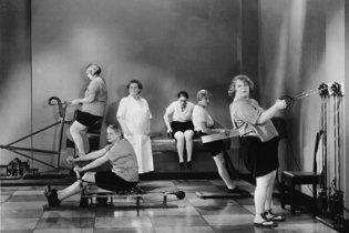 Les femmes rondes n'aiment pas la gym