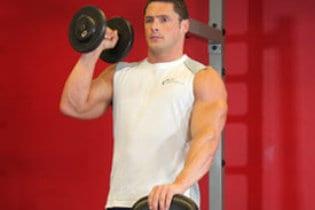 Quel est le meilleur mouvement pour des épaules sur-développées ?