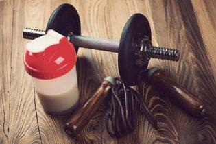 La whey supérieure aux formules protéines + glucides