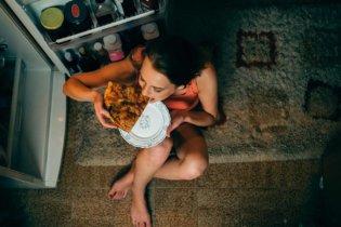 9 aliments à éviter après 21 heures