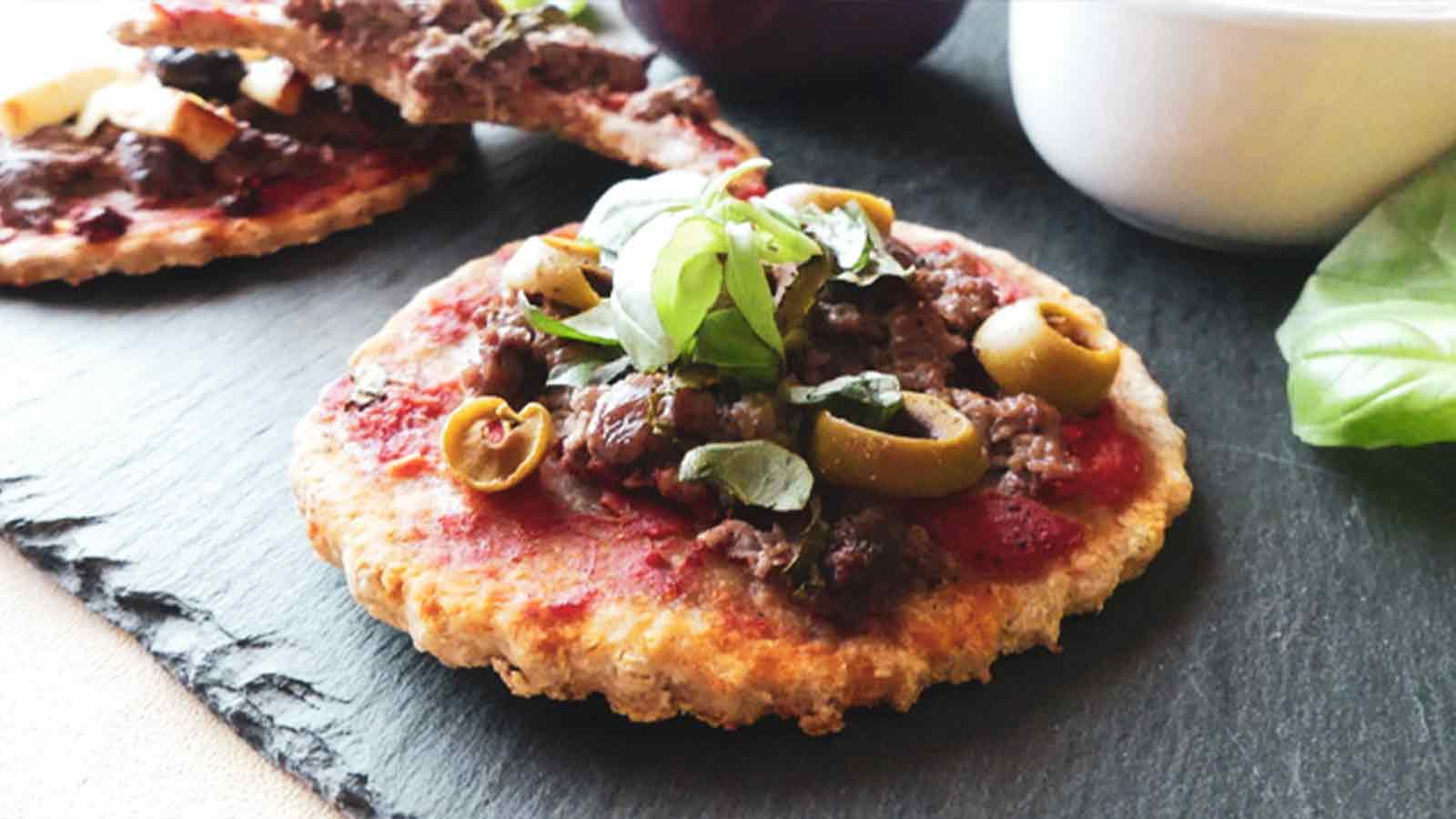 Mini pizze owsiane i pełnoziarniste